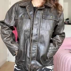 classic 70's leather jacket 🦇